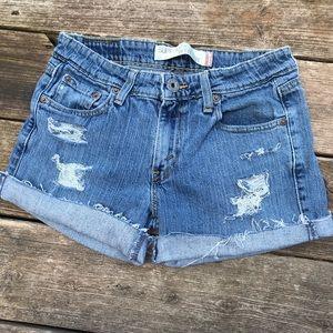 Levi's low rise cut off jean shorts size 5